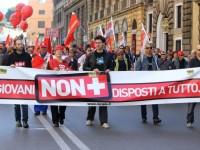 Disoccupazione giovanile, nuovo record (44,2%). Il Cnel: licenziare in Italia più facile che in Germania