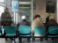 Alt dei sindacati sulla pensioni. No al pagamento il dieci del mese.