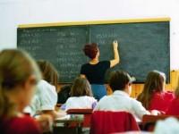 Scuola, bocciato dalla Ue il sistema italiano delle supplenze. «Sentenza storica: 250mila precari da assumere»